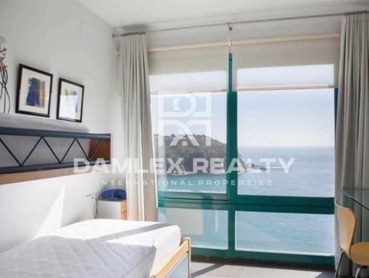 Maison / Villa avec 4 chambres, terrain 1121m2, a vendre á Lloret de Mar, Costa Brava