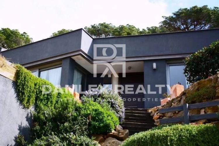 Maison / Villa avec 5 chambres, terrain 1250m2, a vendre á Cabrils, Côte Nord de Barcelone