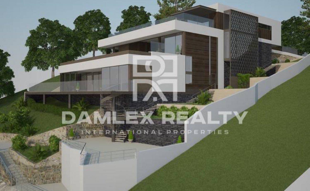 Maison / Villa avec 4 chambres, terrain 2000m2, a vendre á Lloret de Mar, Costa Brava