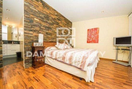 Maison / Villa avec 3 chambres, terrain 864m2, a vendre á Blanes, Costa Brava