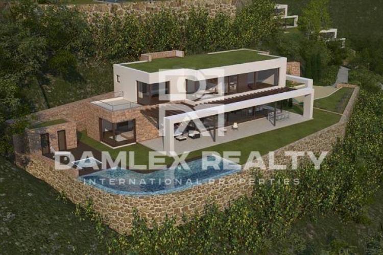 Maison / Villa avec 6 chambres, terrain 1300m2, a vendre á Begur, Costa Brava