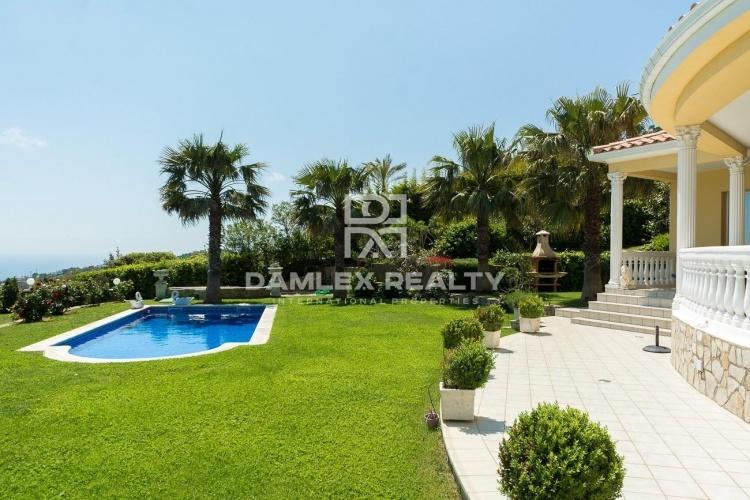 """Maison / Villa avec 5 chambres, terrain 1564m2, a vendre á Platja d""""Aro, Costa Brava"""