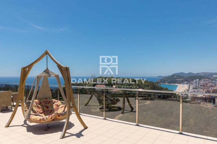 Villa moderne avec vue mer sur la Costa Brava