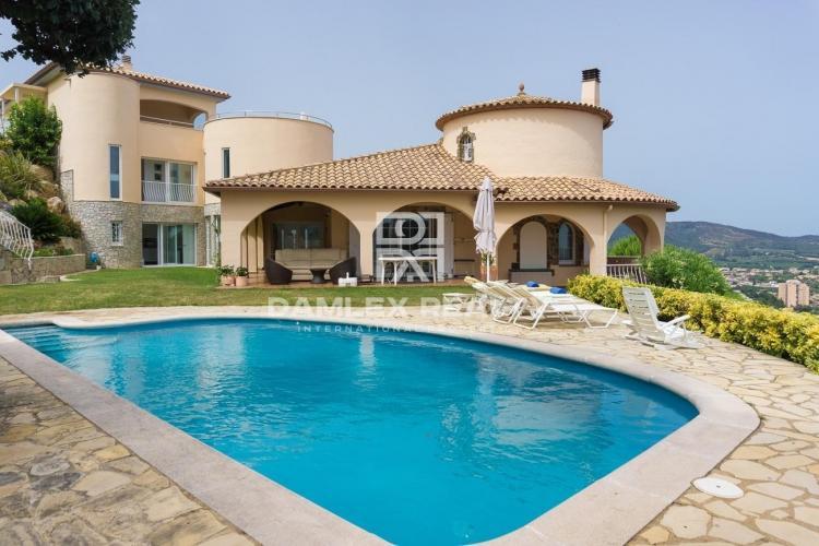 Villa avec vue sur la mer à Calonge. Costa Brava