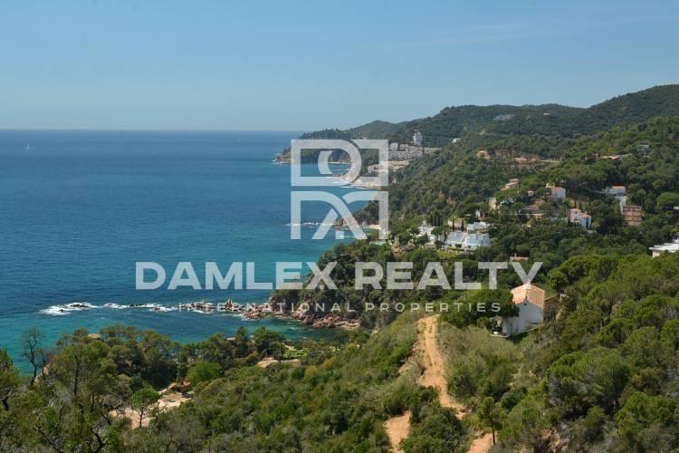 Maison / Villa avec 5 chambres, terrain 2000m2, a vendre á Tossa de Mar, Costa Brava