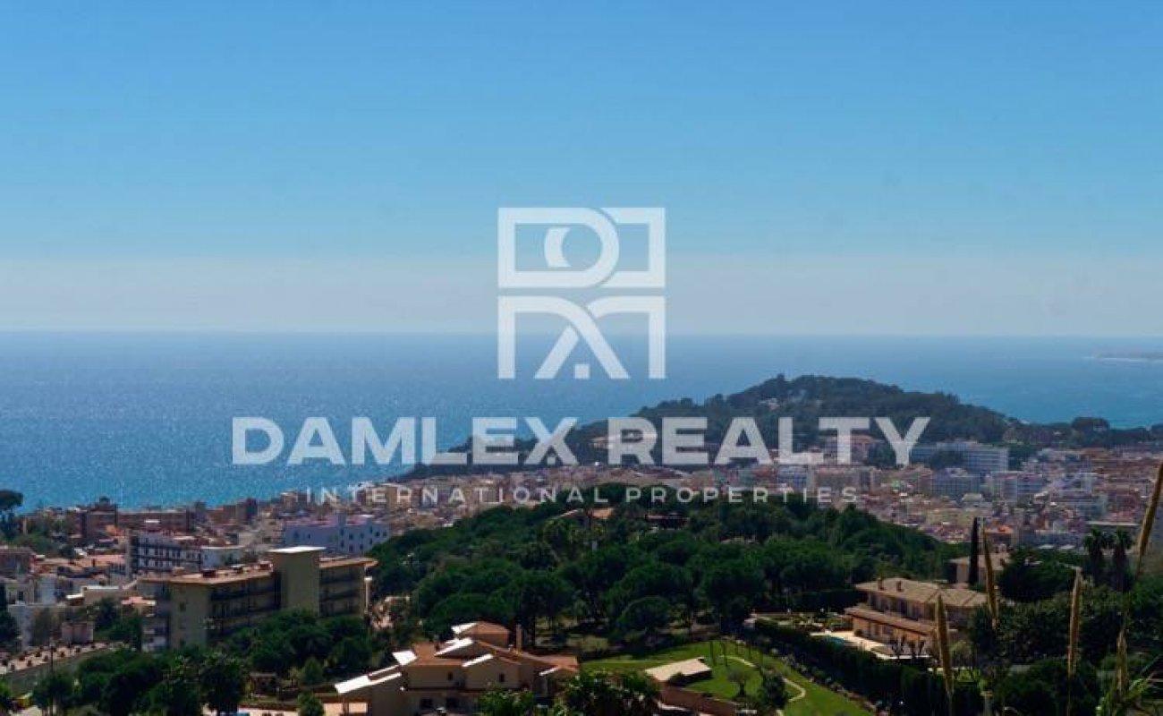 Terrain 800m2 pour construir a vendre á Lloret de Mar, Costa Brava