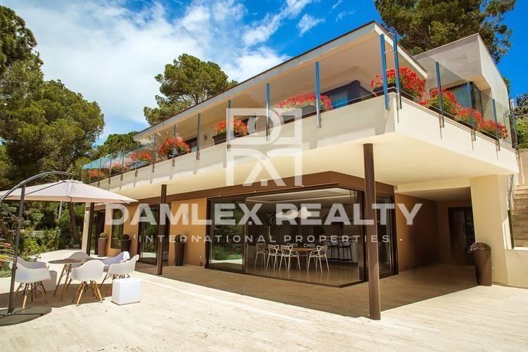 Villa à Tossa de Mar, dans une urbanisation avec surveillance