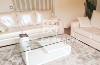Maison / Villa avec 4 chambres, terrain m2, a vendre á Sitges, Côte sud de Barcelone