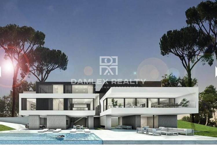 Maison / Villa avec 6 chambres, terrain 2880m2, a vendre á Marbella Est, Costa del Sol