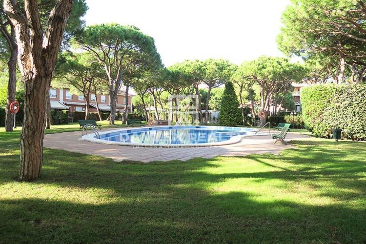 Maison / Villa avec 6 chambres, terrain 150m2, a vendre á Gava, Côte sud de Barcelone
