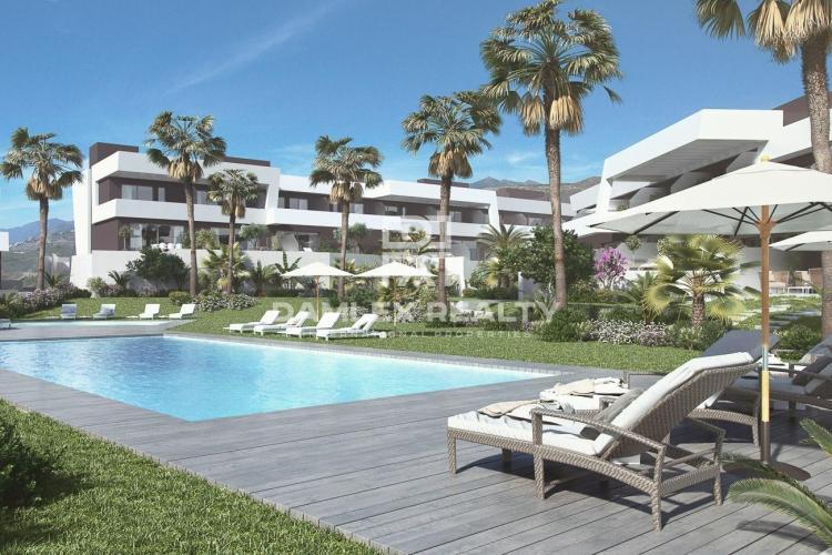 Maison / Villa avec 4 chambres, terrain m2, a vendre á Mijas / Fuengirola, Costa del Sol
