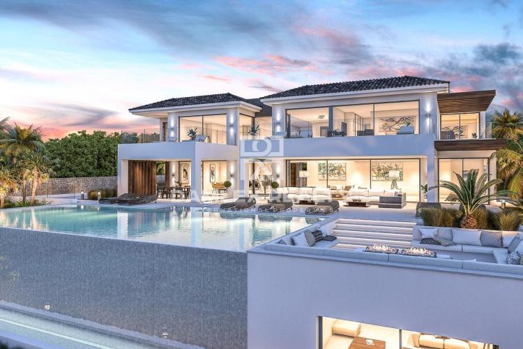 Maison / Villa avec 6 chambres, terrain 2000m2, a vendre á Estepona, Costa del Sol