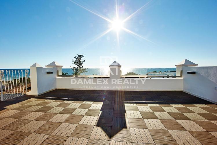 Maison / Villa avec 5 chambres, terrain 456m2, a vendre á Marbella Est, Costa del Sol