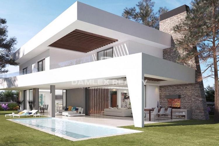 Maison / Villa avec 3 chambres, terrain 1091m2, a vendre á Marbella Est, Costa del Sol