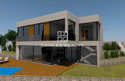Maison / Villa avec 4 chambres, terrain 1000m2, a vendre á Tossa de Mar, Costa Brava