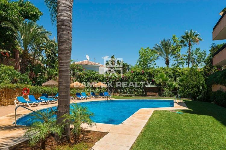Appartement avec 4 chambres a vendre á Marbella Est, Costa del Sol