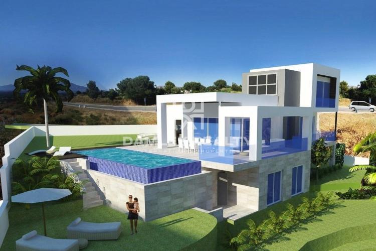 Maison / Villa avec 3 chambres, terrain 1669m2, a vendre á Mijas / Fuengirola, Costa del Sol
