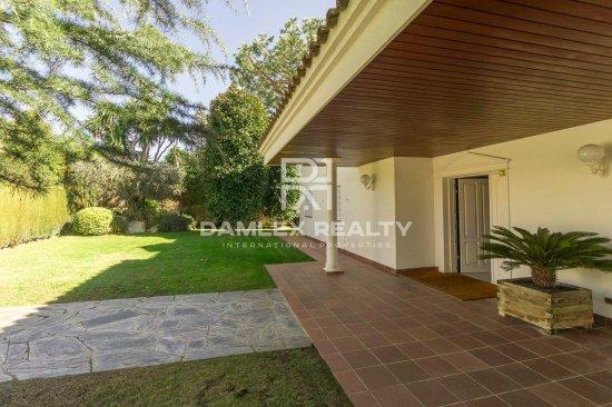 Villa à Can Teixido, Alella