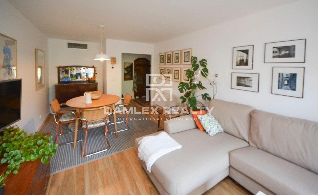 Appartement entièrement rénové dans le centre de Blanes avec des vues incroyables sur la forêt