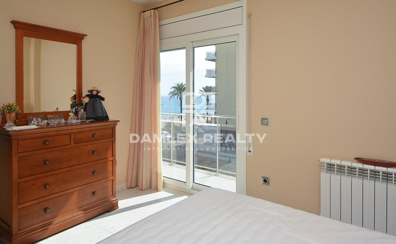 Nouvel appartement en deuxième ligne de la mer, Lloret de Mar