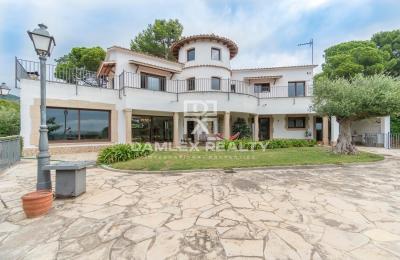 Belle villa avec vue mer
