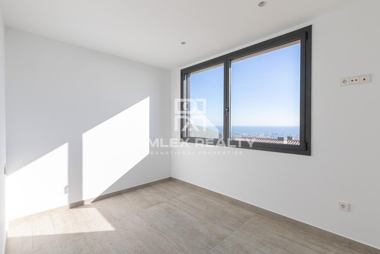 """Maison / Villa avec 5 chambres, terrain 1200m2, a vendre á Platja d""""Aro, Costa Brava"""