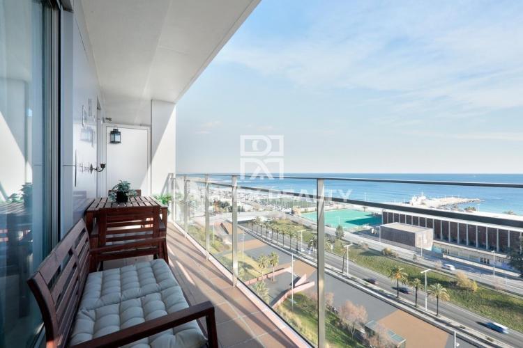 Appartement avec vue fantastique sur la mer