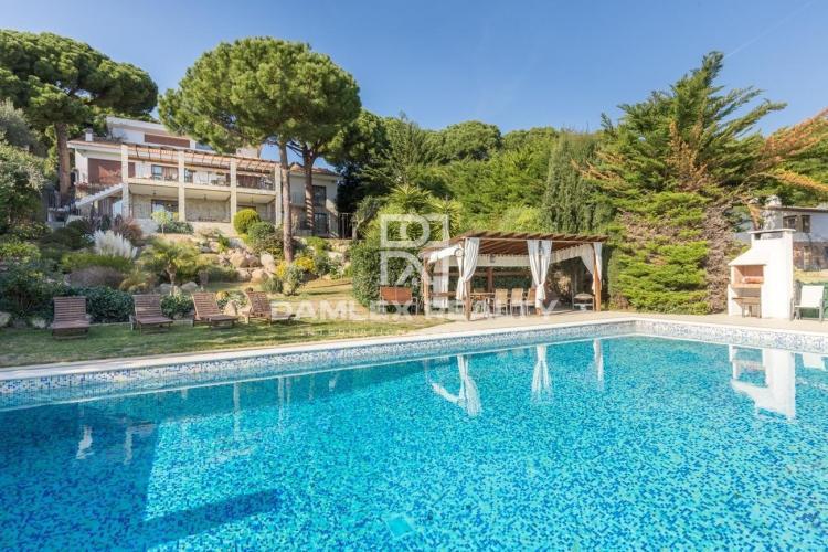 Villa de luxe dans le prestigieux village de Calonge, Costa Brava