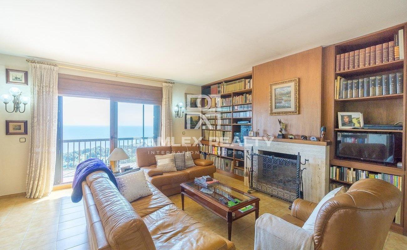 Maison avec vue imprenable sur la mer