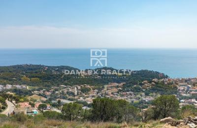 A vendre 2 terrains avec vue panoramique sur la mer, pour la construction de villas individuelles