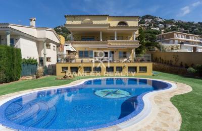 Villa avec magnifique vue sur mer a Lloret de Mar