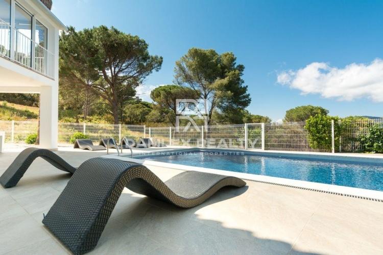 Chaleureuse villa rénovée à deux pas des plages, Calonge, Costa Brava