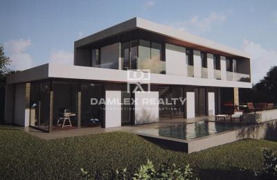 Maison / Villa avec 4 chambres, terrain 614m2, a vendre á Castelldefels , Côte sud de Barcelone