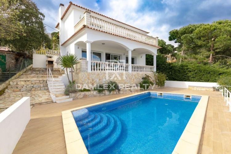 Superbe maison avec vue mer et licence touristique