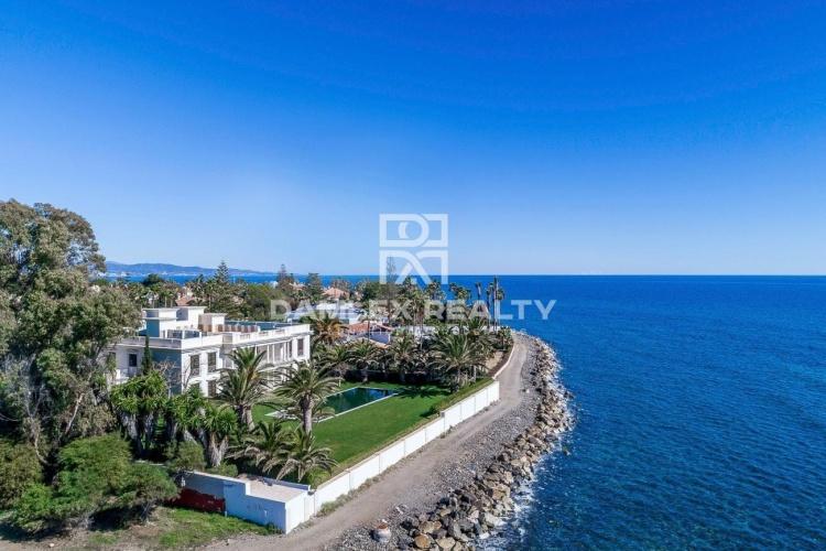 Maison / Villa avec 6 chambres, terrain 5175m2, a vendre á Golden Mile, Costa del Sol