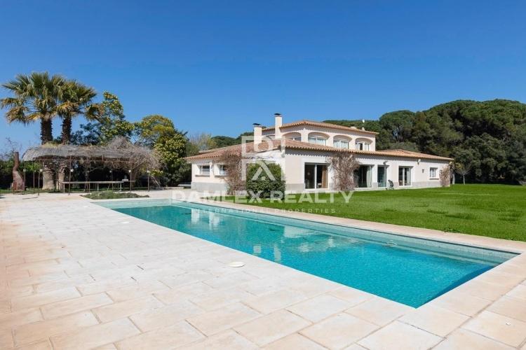 Villa de style provençal sur la Costa Brava