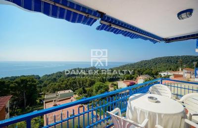 Maison / Villa avec 6 chambres, terrain 508m2, a vendre á Blanes, Costa Brava
