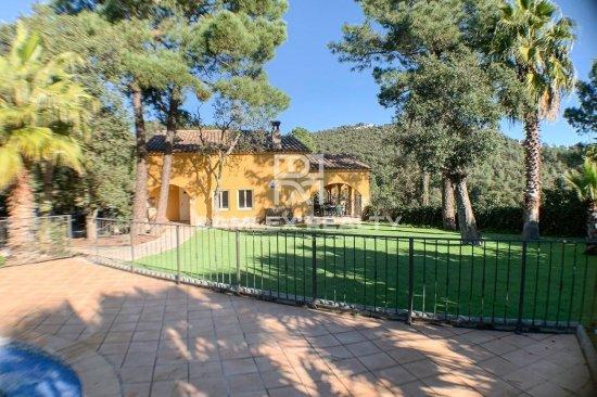 Villa dans un magnifique environnement naturel et tranquille