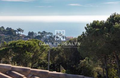 Terrain de 860 m2 dans l`urbanisation Serra Brava pour la construction d`une maison individuelle