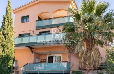 Maison chaleureuse et moderne dans l`urbanisation Roca Grossa à Lloret de Mar