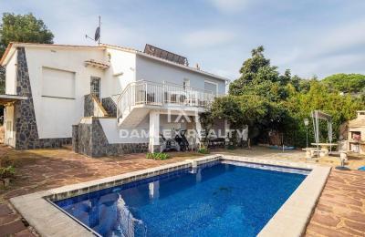 Maison avec vue sur la mer dans l`urbanisation Playa Brava
