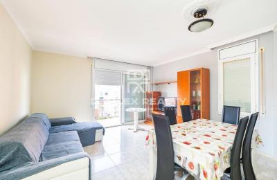 Bel appartement, situé à 1 km de la plage de Fenals