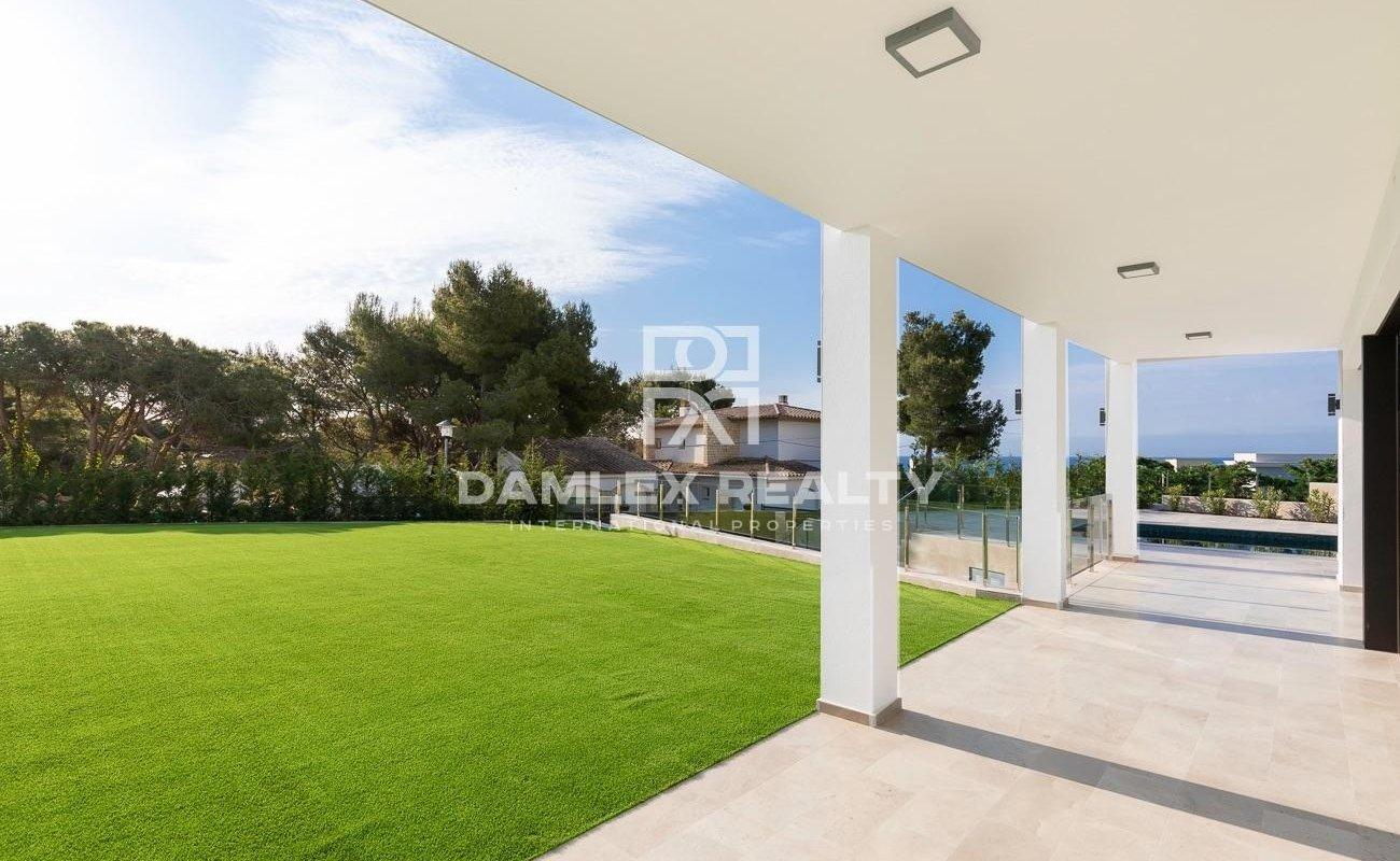 Magnifique villa de design moderne près de la plage