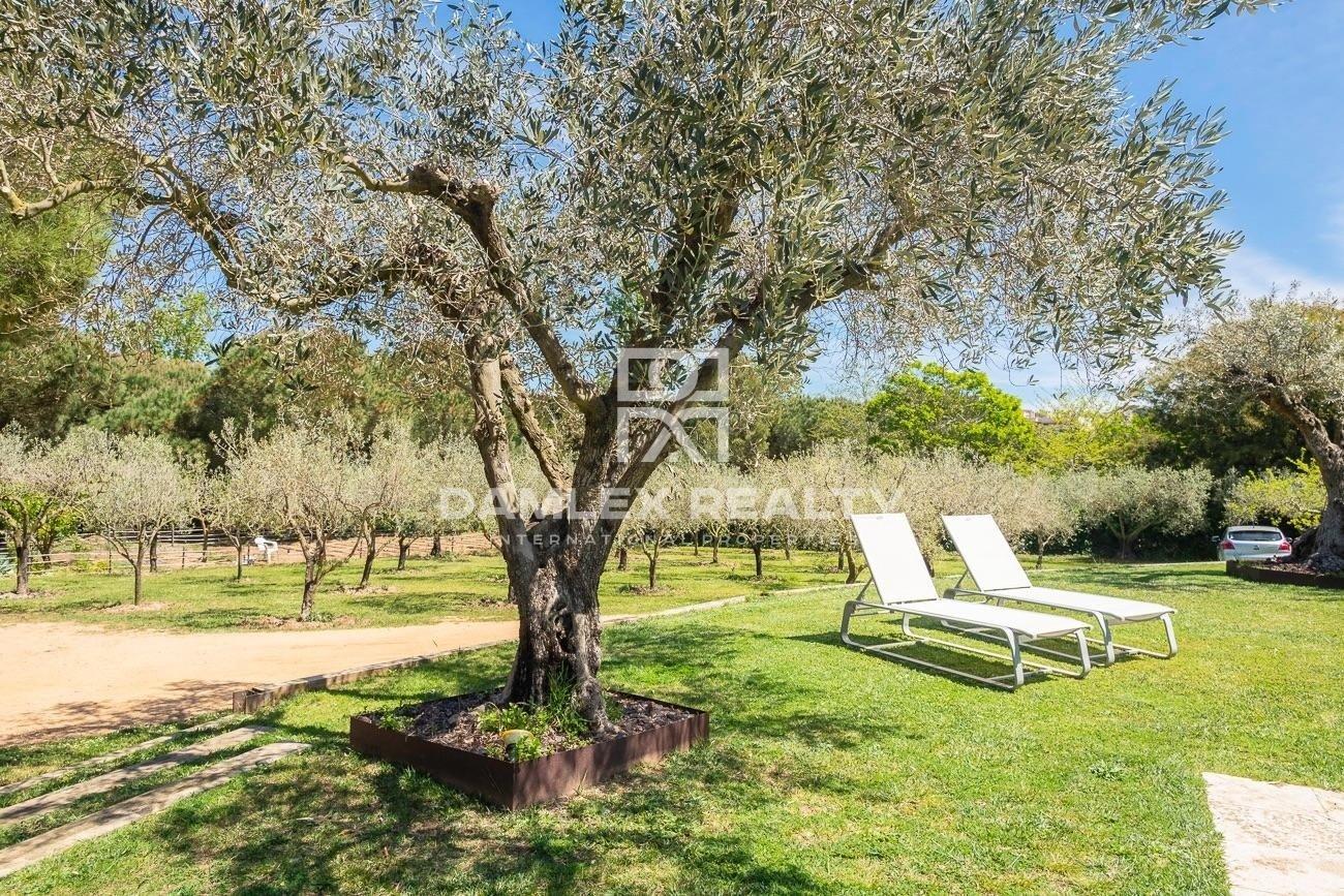 Magnifique ferme du 19ème siècle à 20 minutes à pied de la plage de Sant Feliu de Guixols